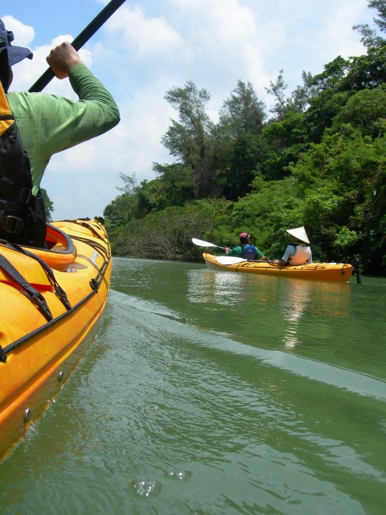 kayak  カヤック 川遊び